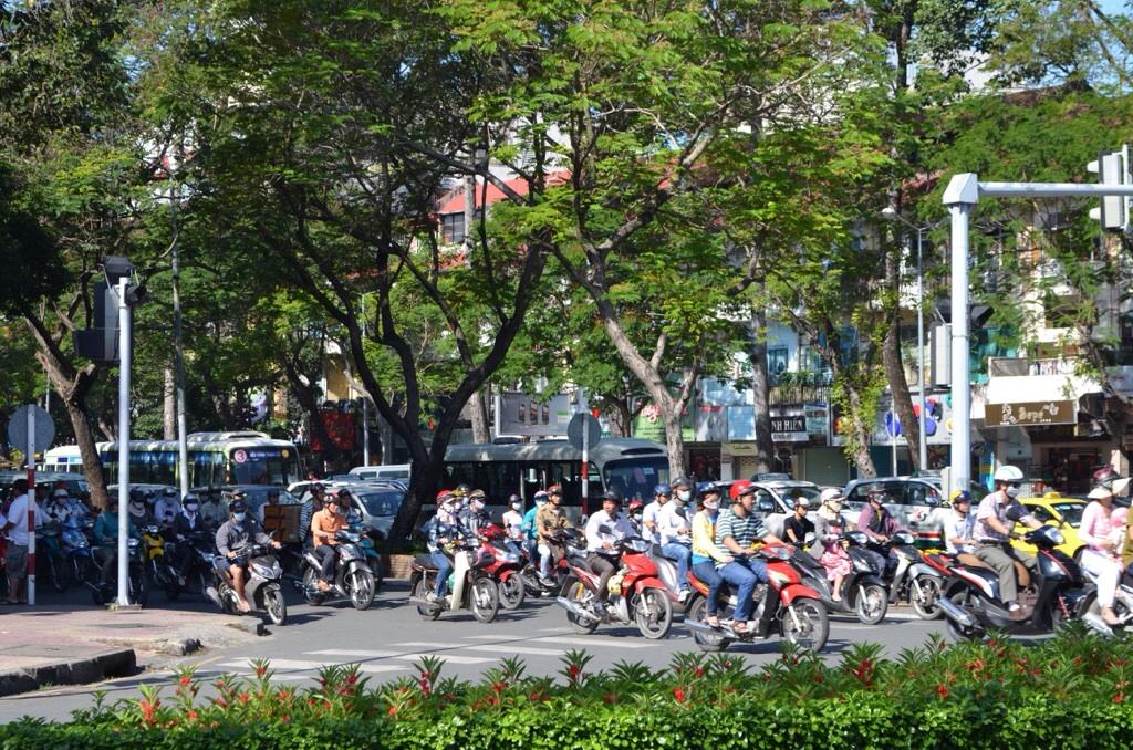 ベトナム-ホーチミンのバイク群