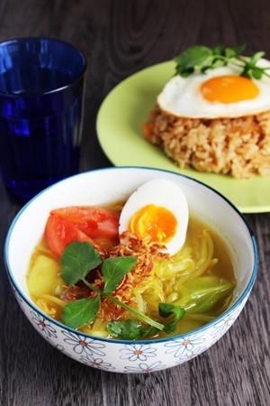インドネシア料理-ソトアヤム