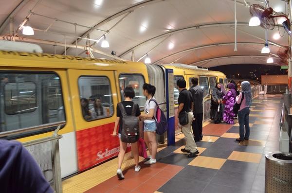 マレーシア観光のための治安・言語・通貨情報-12